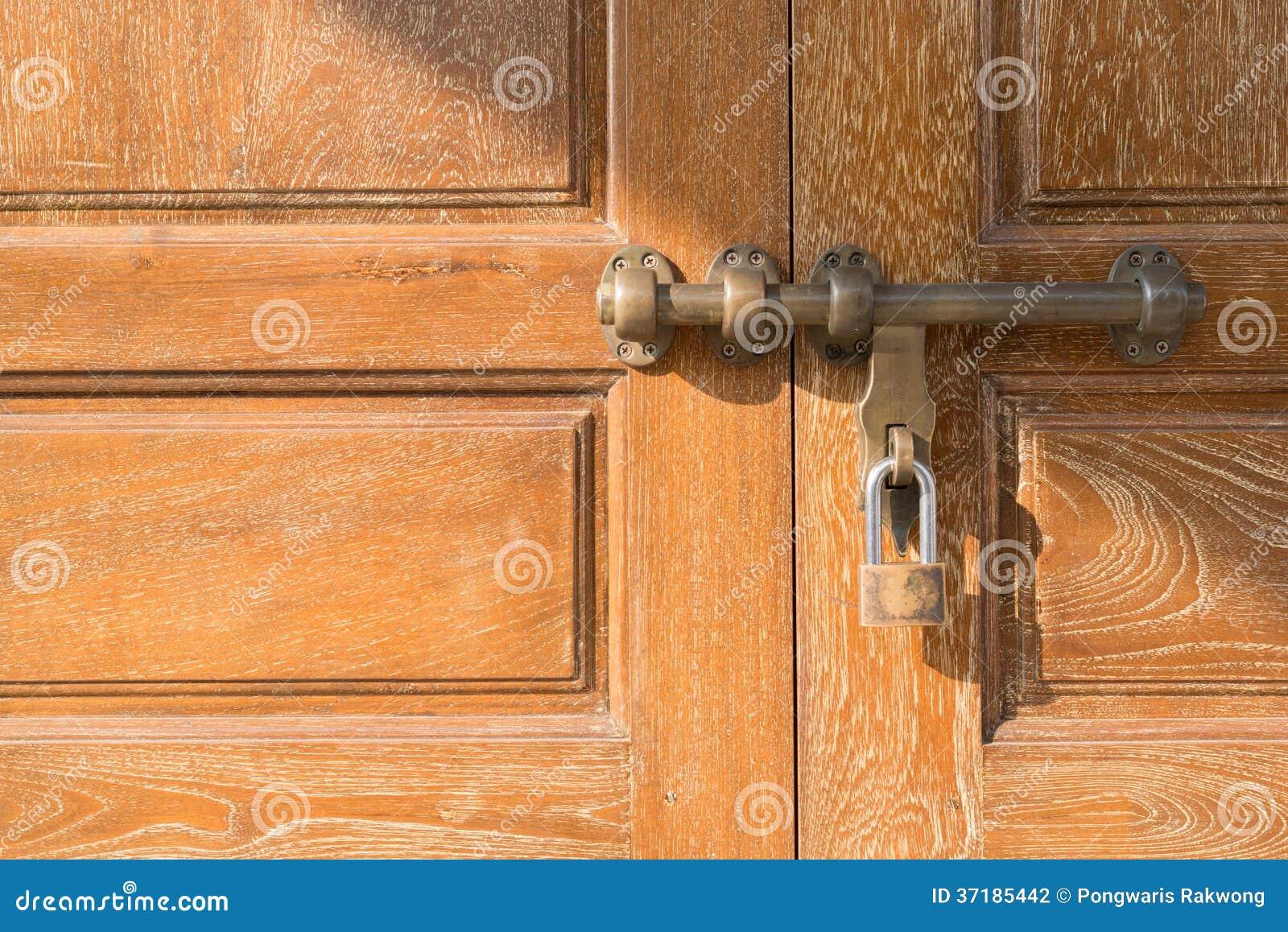 serrure de porte en laiton de style asiatique photo stock image du asiatique type 37185442. Black Bedroom Furniture Sets. Home Design Ideas