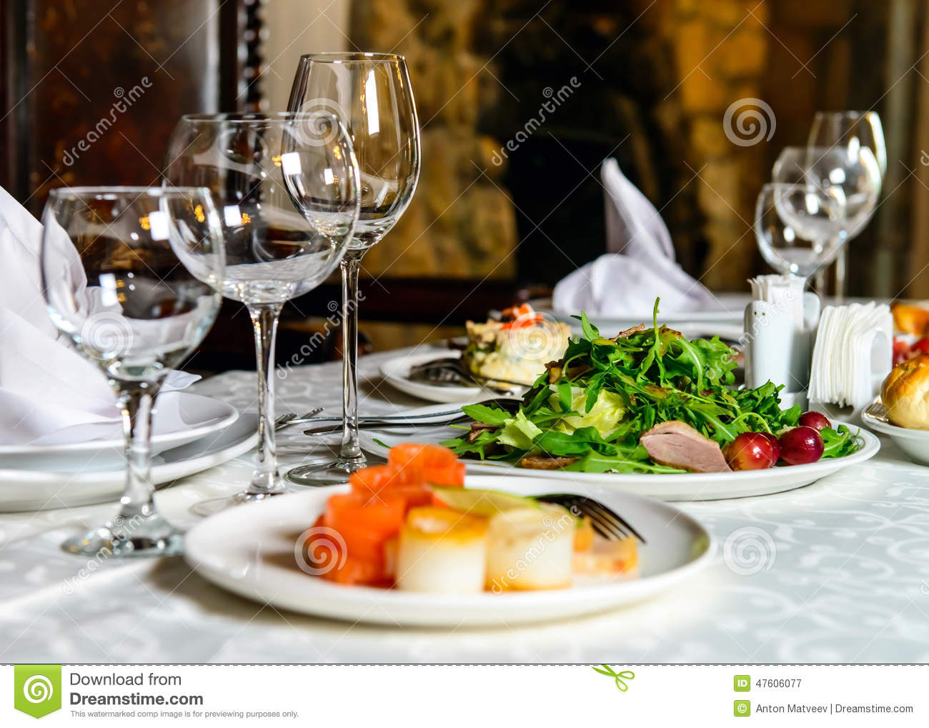 Served banquet restaurant table stock image image of for Restaurant table menu