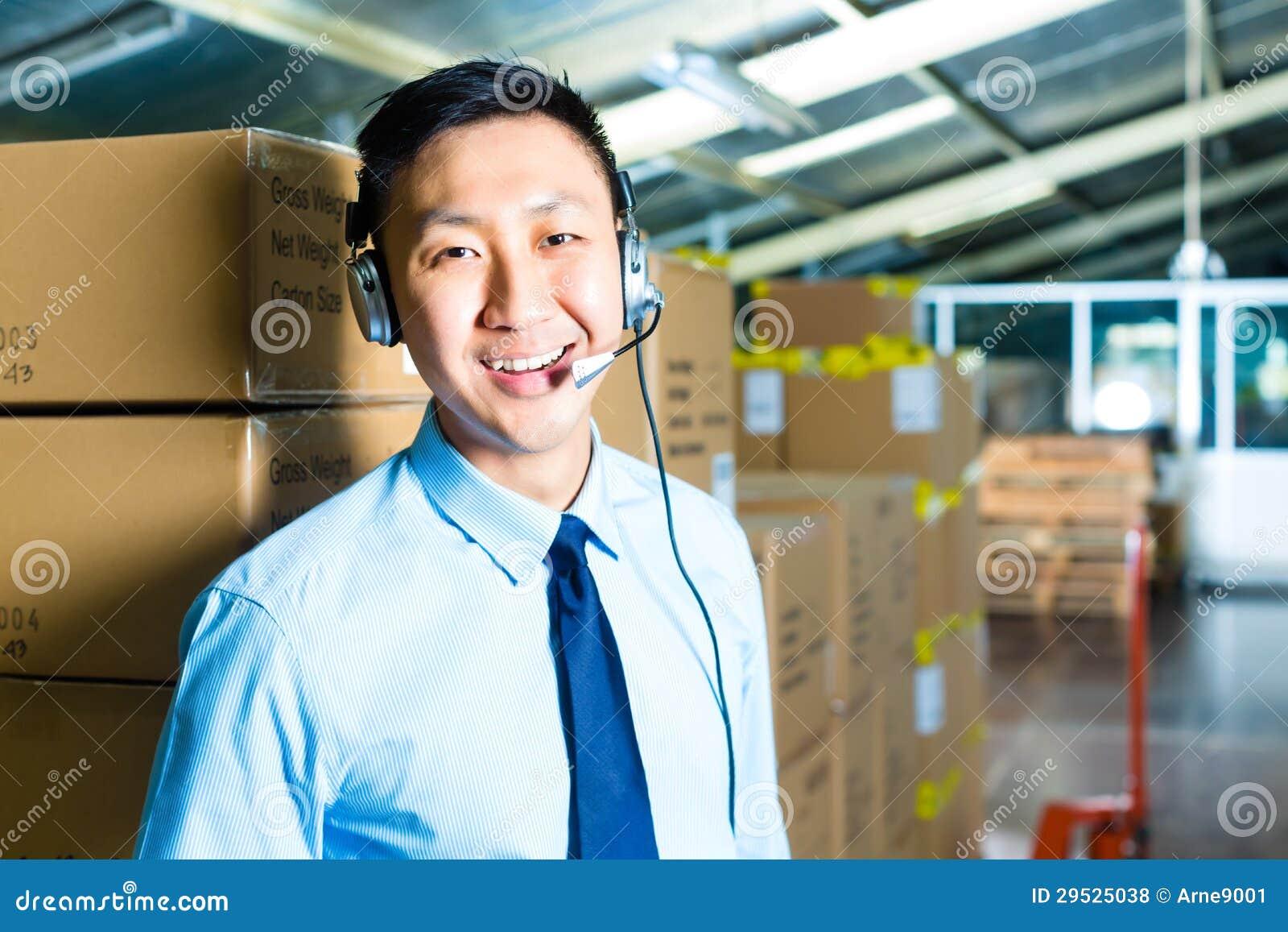 Serviço ao cliente em um armazém
