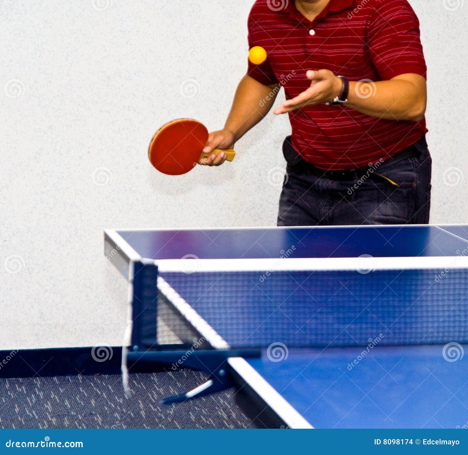 Service de ping-pong photo stock  Image du main, filet - 8098174