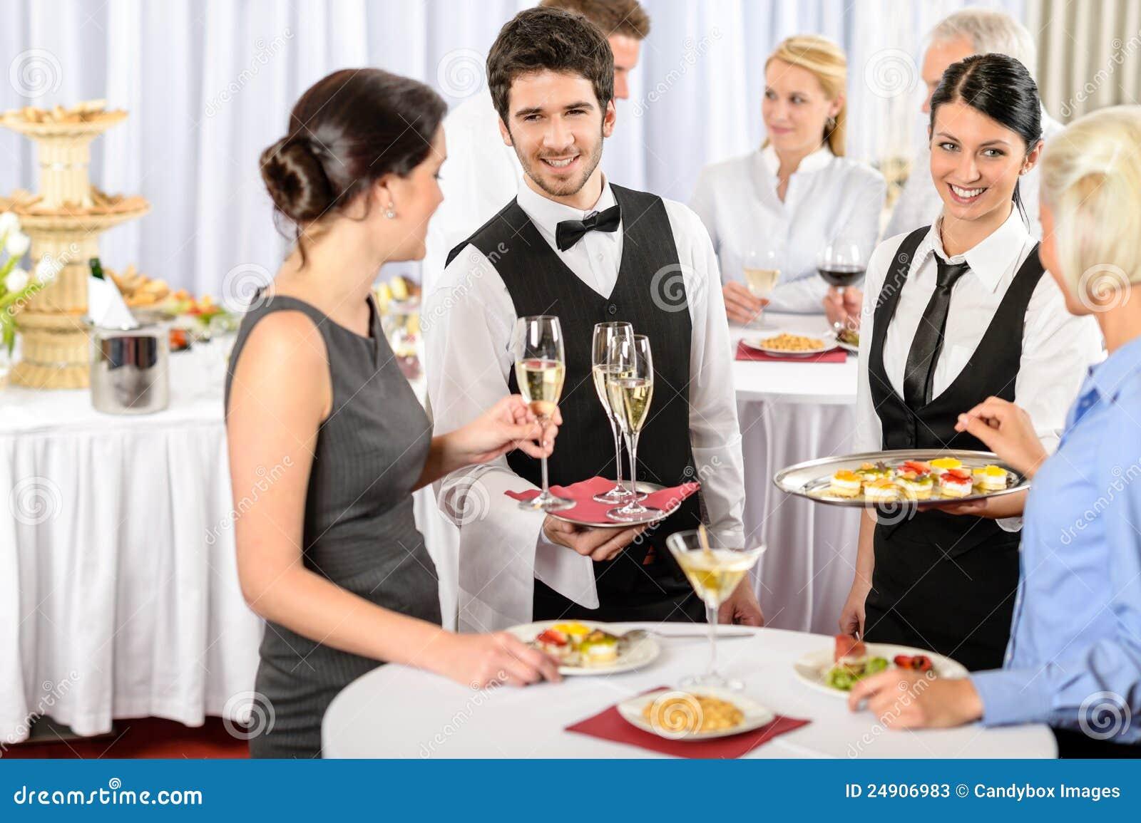 Service de restauration à la nourriture d offre d événement de compagnie