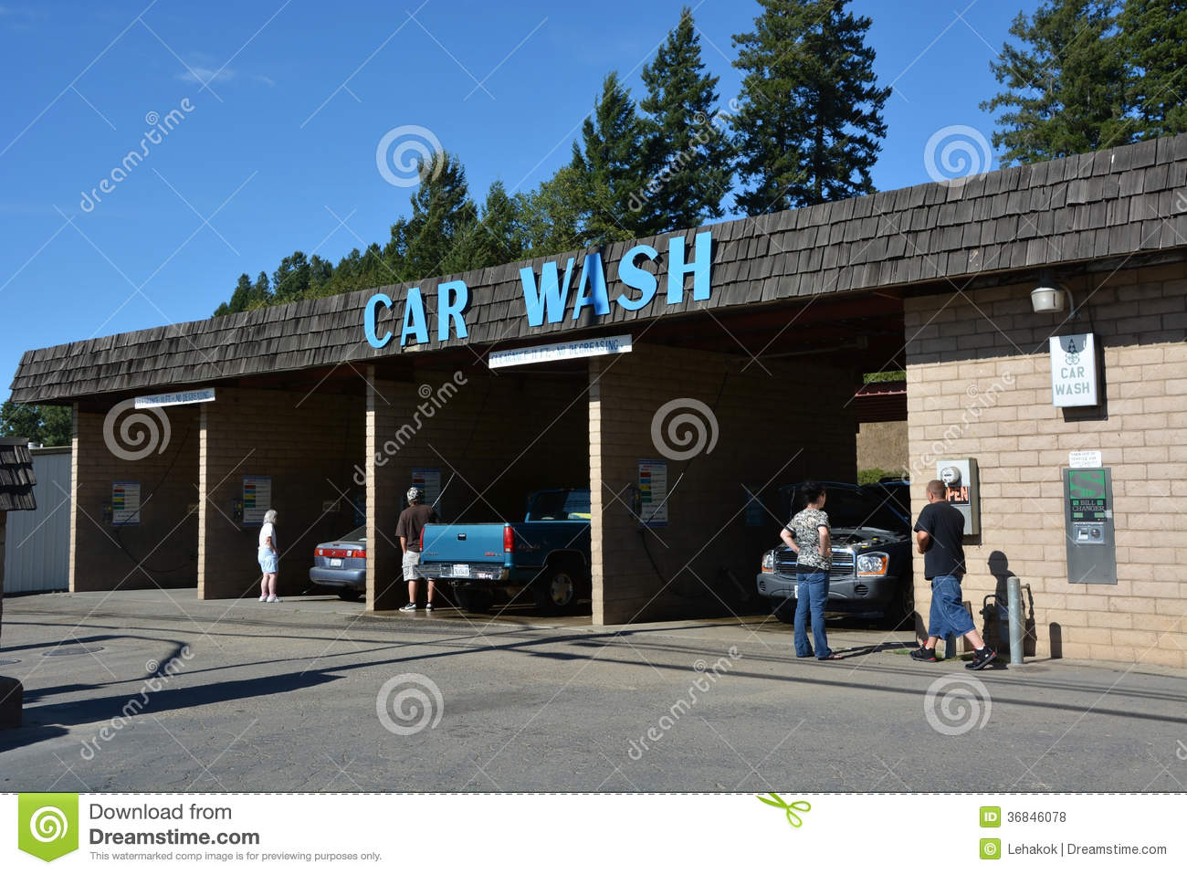 service de station de lavage photo stock ditorial image du industrie public 36846078. Black Bedroom Furniture Sets. Home Design Ideas