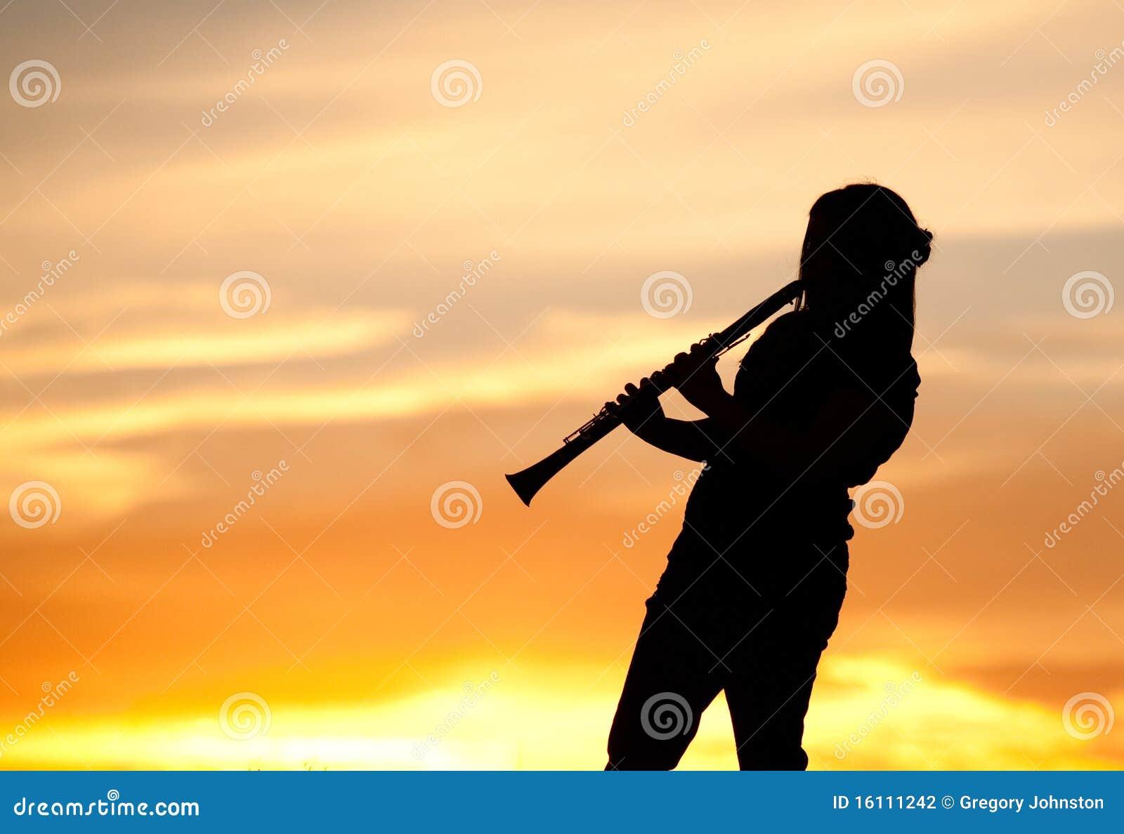Sesión de la música de la puesta del sol.