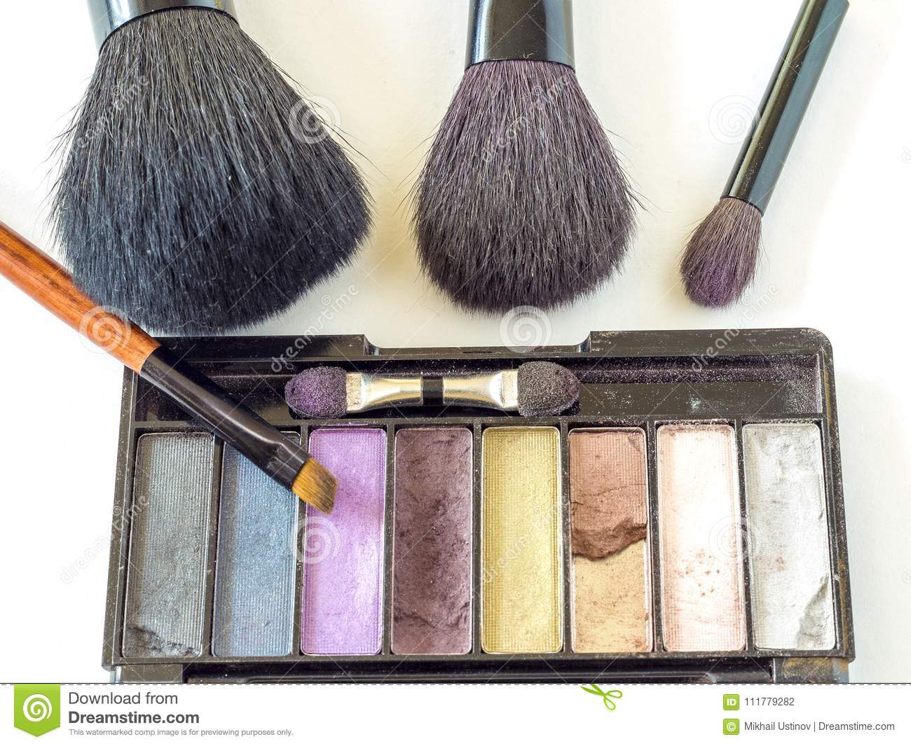 A set of brushes for make-up