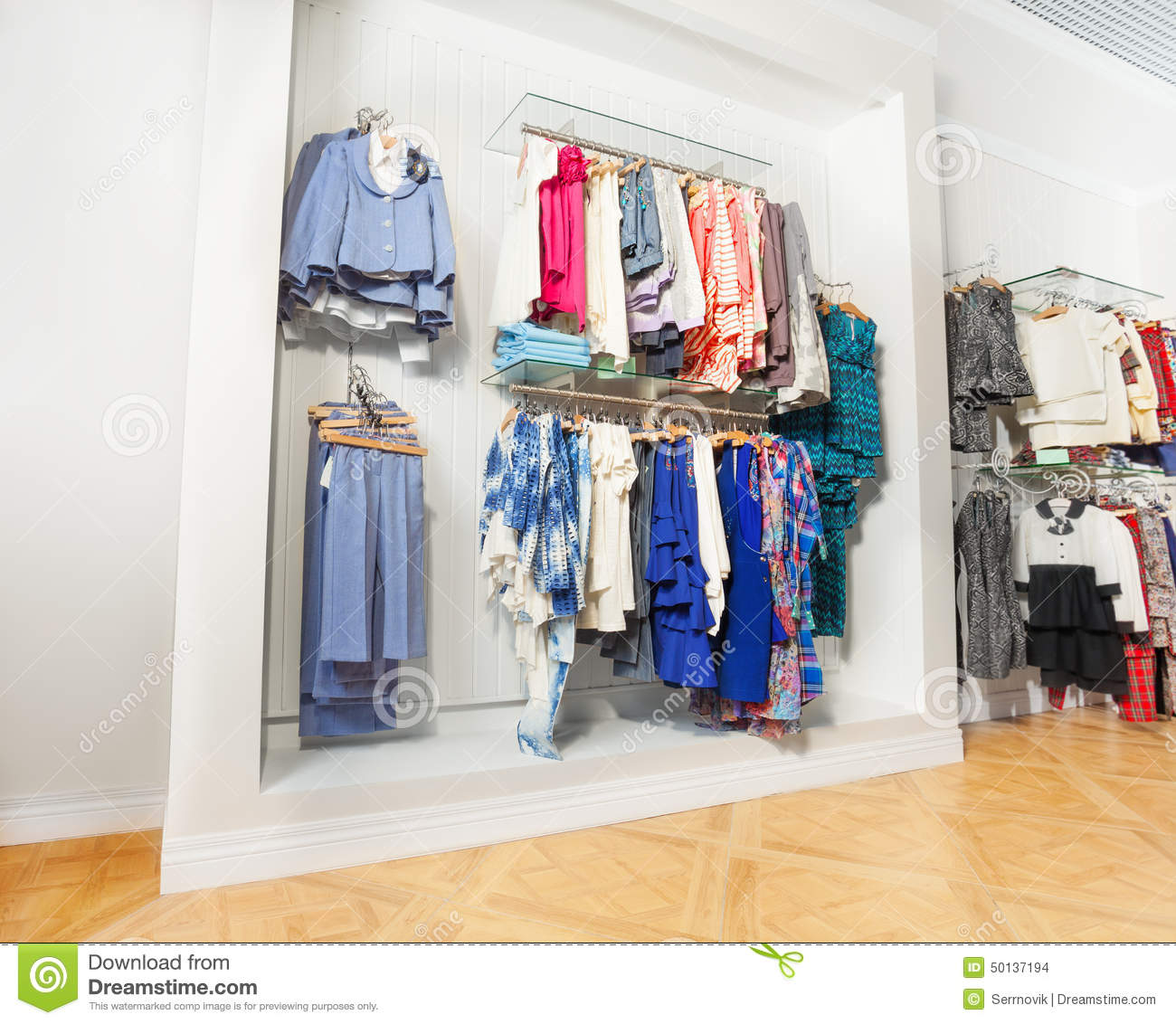 Black and white clothing store locator Online clothing stores