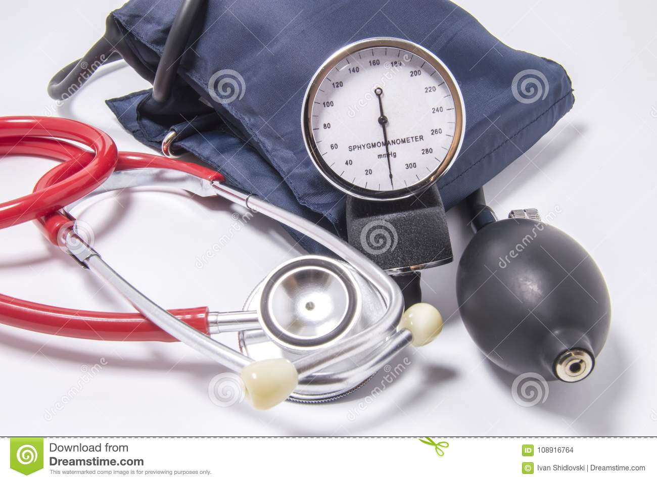 Set of diagnostic kit for determining increased blood pressure for doctors of cardiology, internal medicine, therapeutics, includi