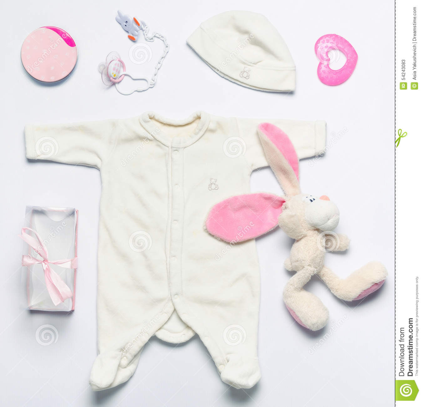 Toys Baby Girl : Set of fashion trendy stuff and toys for newborn baby girl