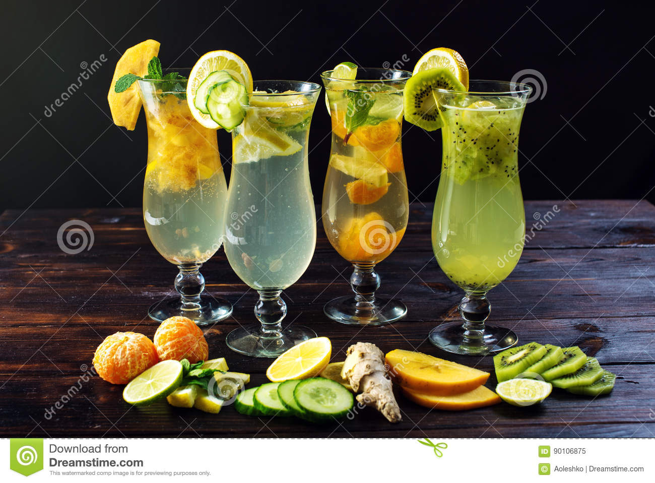 Set Lemonade With Ice In Glass Hurricane With Tropical