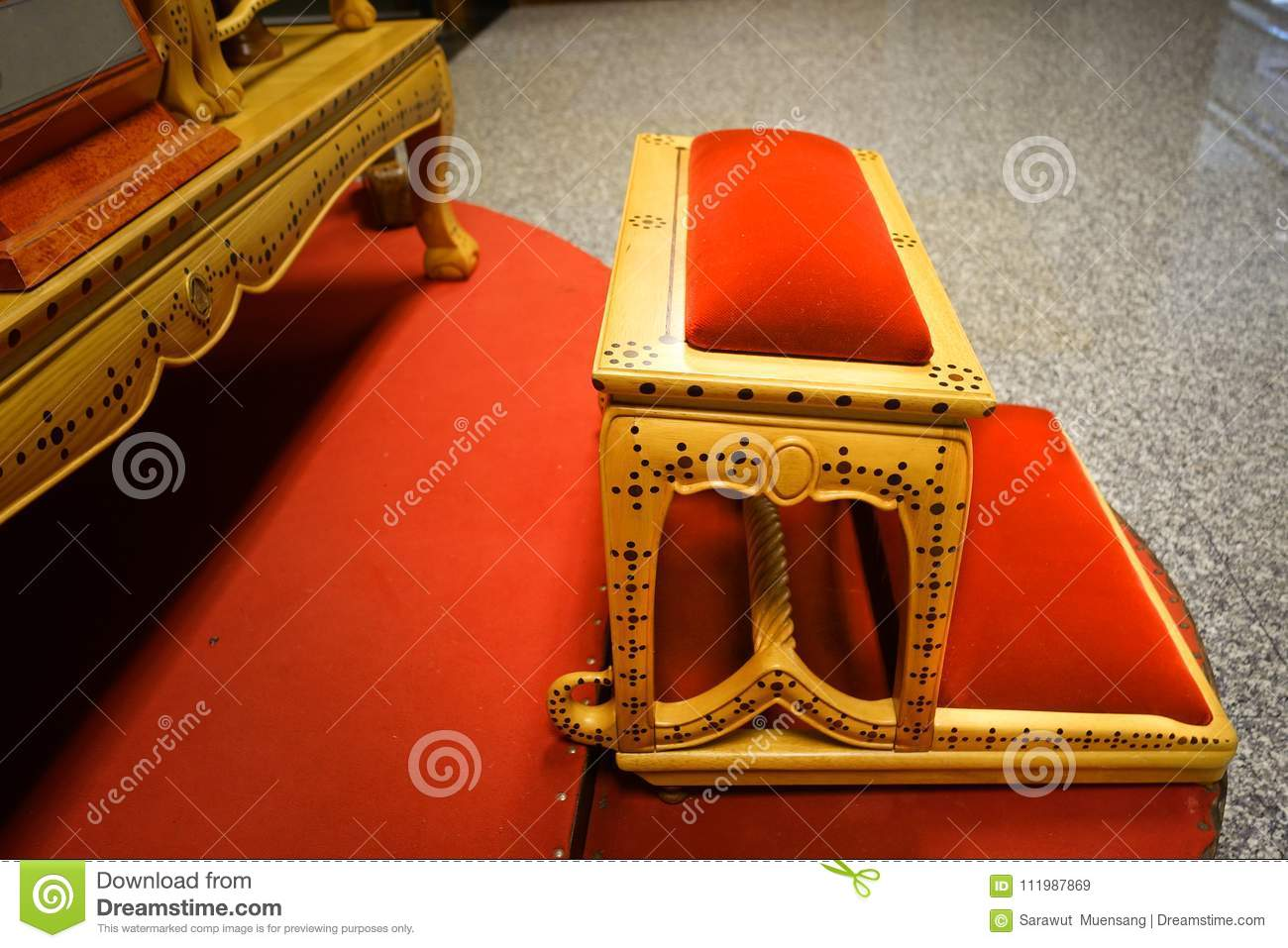A Set Of Thai Altar Table With Buddha Statue Editorial Stock Image ...