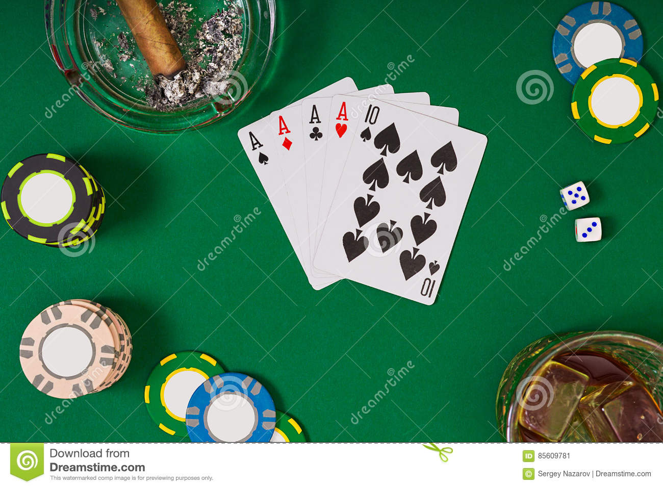 Royalty-Free Stock Photo & Set To Playing Poker With Cards And Chips On Green Table Top View ...
