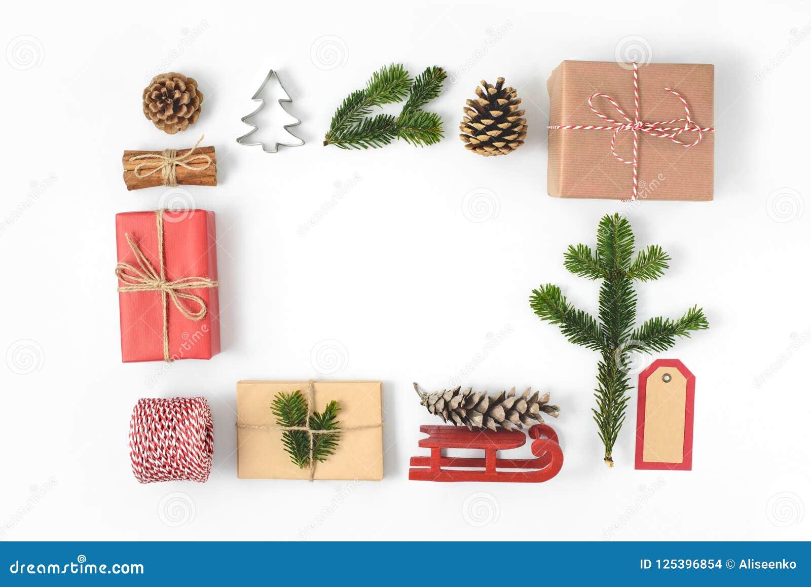 e66d6ee9e2e Set Of Various Christmas Details  Gifts