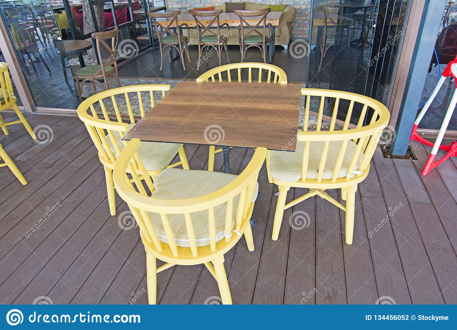 Astounding Set Of Wooden Chair And Table With Four Side Sitting Gmtry Best Dining Table And Chair Ideas Images Gmtryco