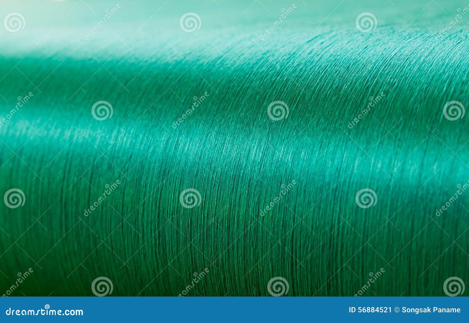 Seta verde su un telaio di deformazione di un industria tessile