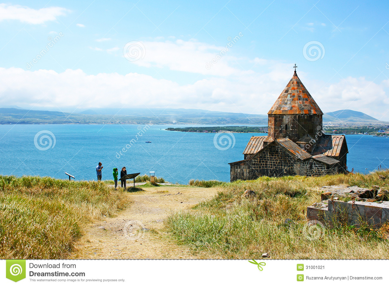 Lake Sevan in Armenia: photos and reviews of tourists 33