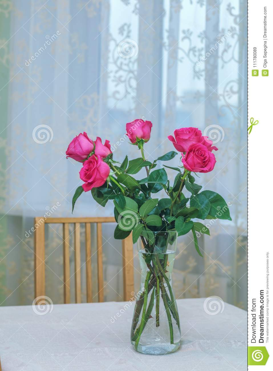 Seven pink roses