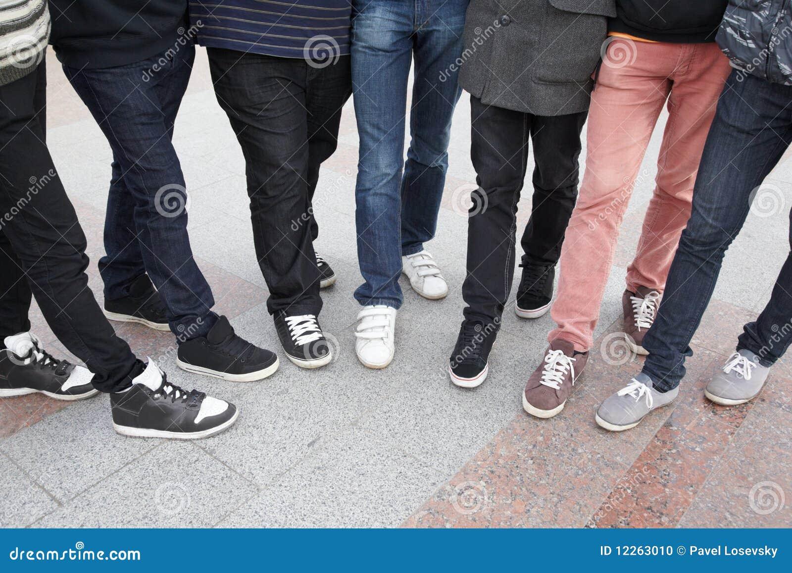 Фото ног подростков 23 фотография