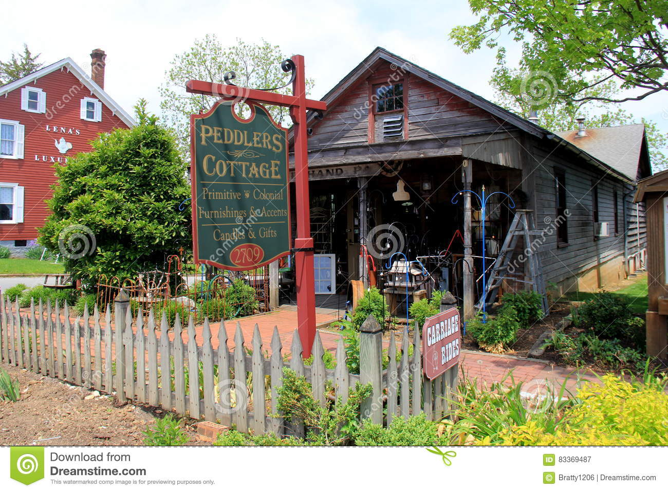 Bird In Hand Pa >> Several Shops Along The Main Streets Peddlers Cottage Bird In Hand