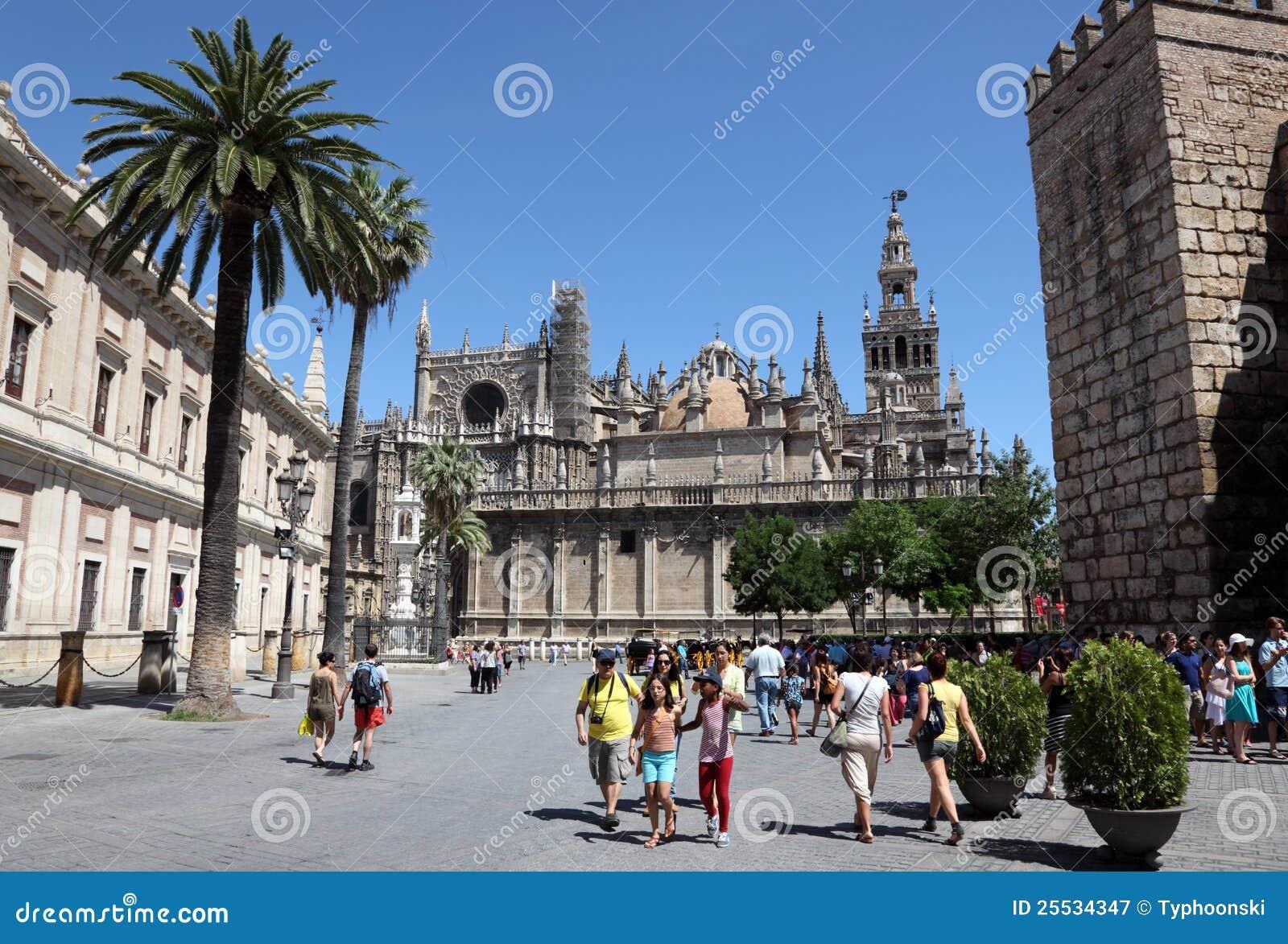 sevilla kathedrale andalusien spanien redaktionelles stockfotografie bild 25534347. Black Bedroom Furniture Sets. Home Design Ideas