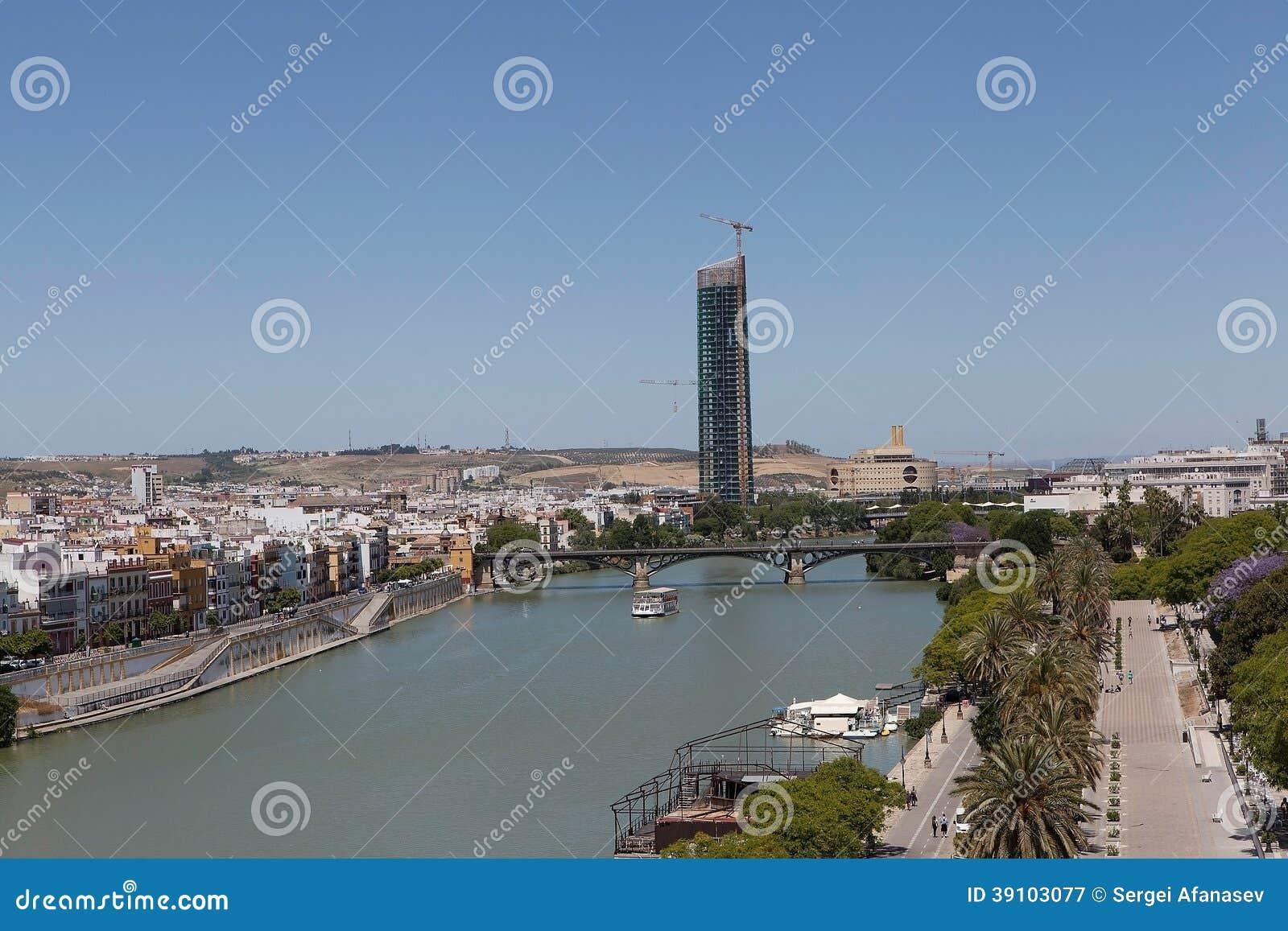 Sevilla. Mening van Torre del Oro