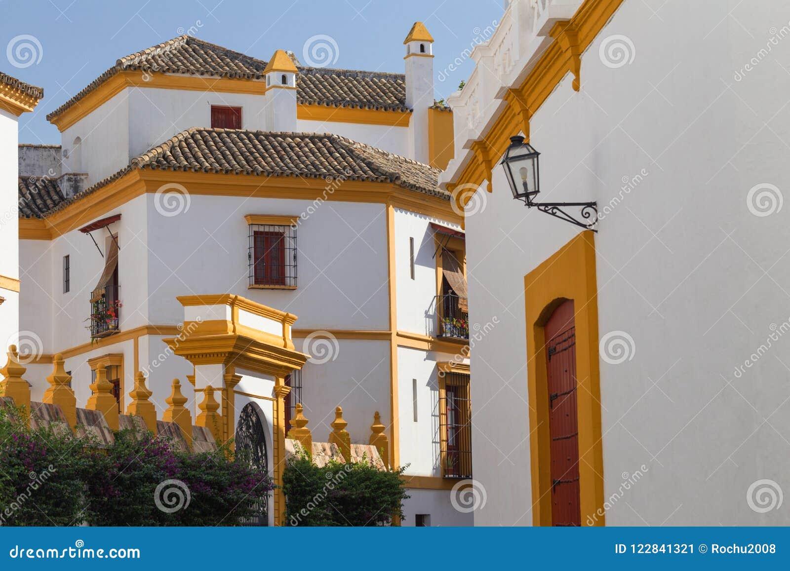 Sevilla, Spanje - het Traditionele district van Santa Cruz van Architectuurbarrio