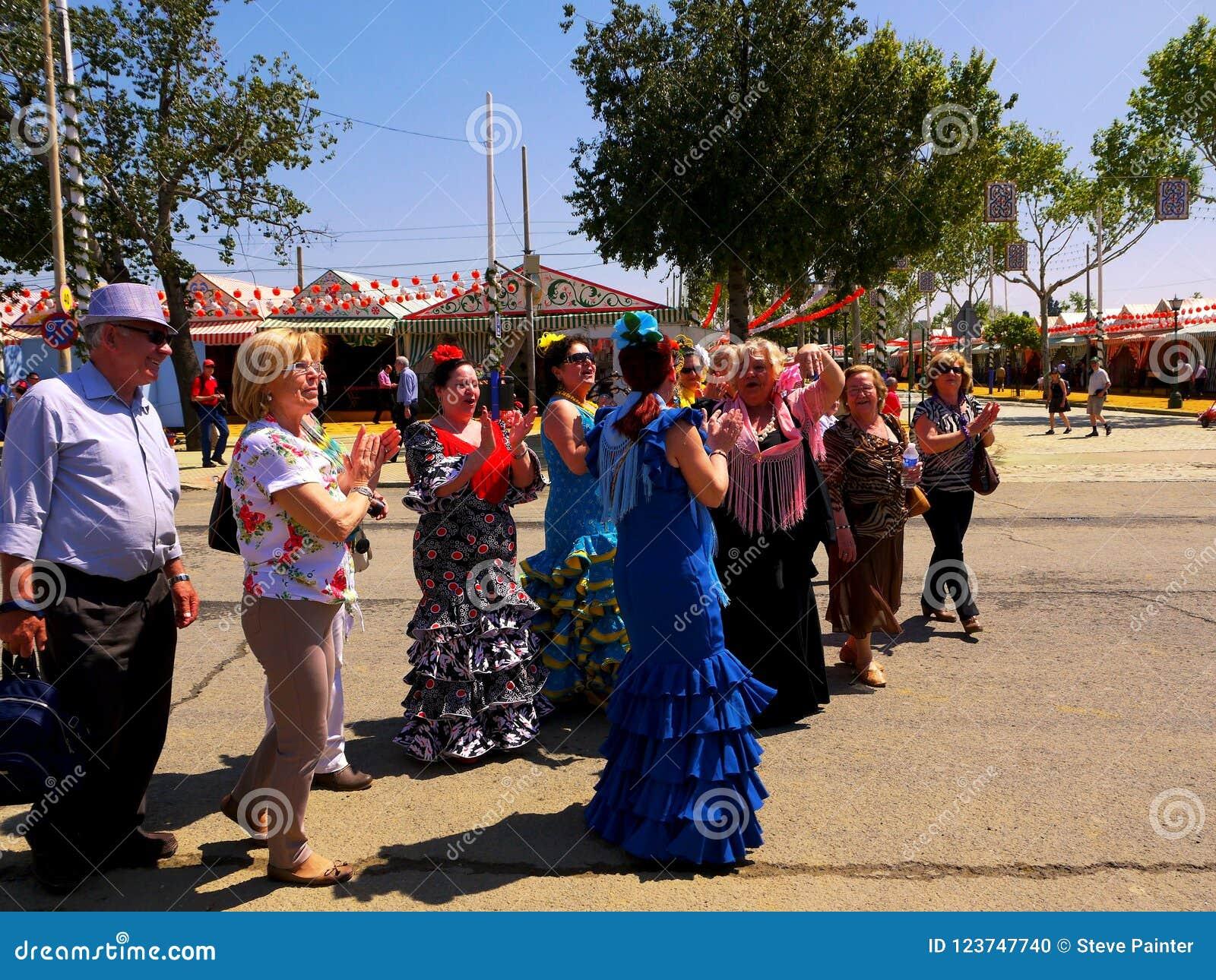 Seville Spain/1Seville Spain/16th Kwiecień 2013/miejscowi i turysta