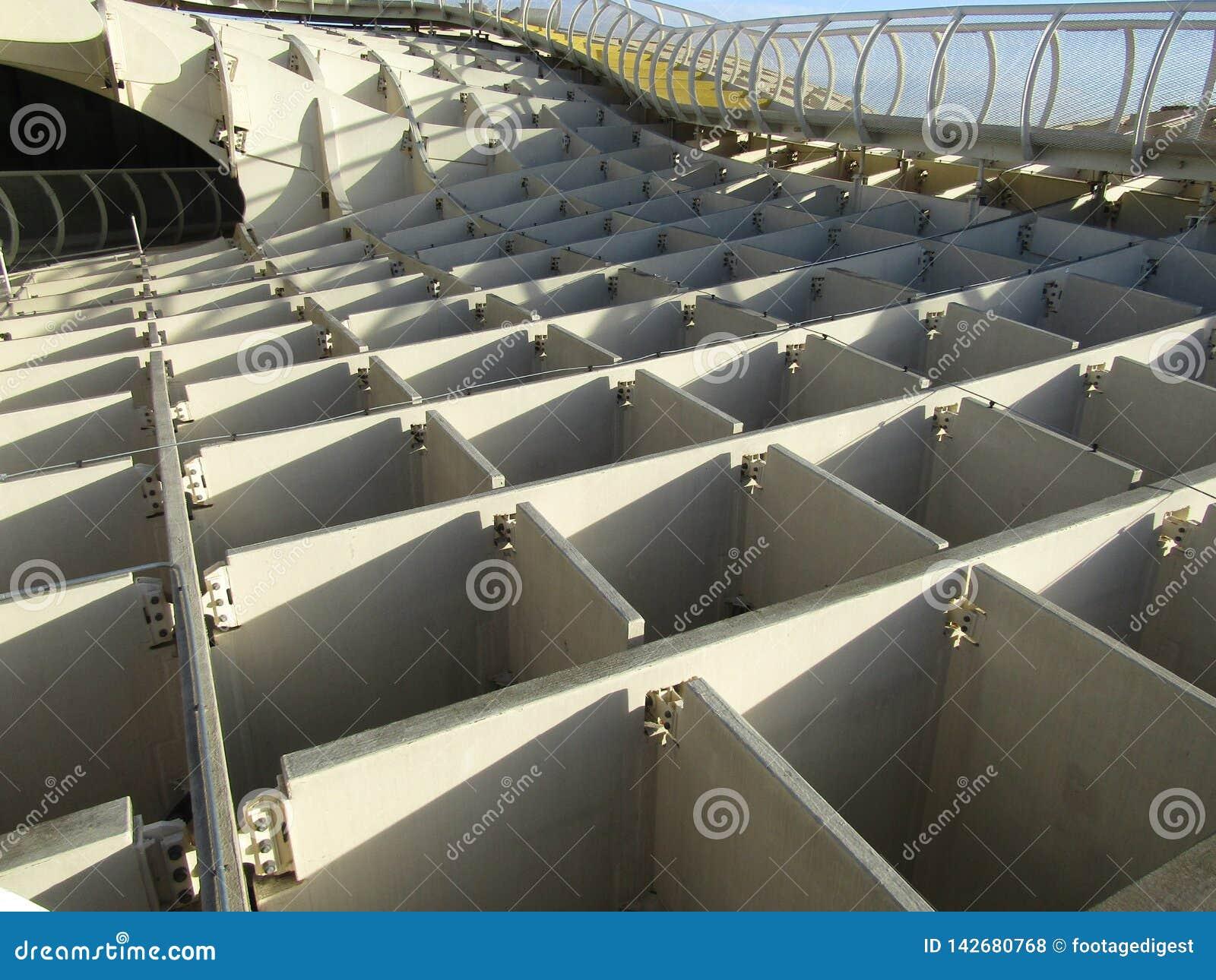 Seville Spanien - den Metropol slags solskyddgångbanan - gammal fjärdedel