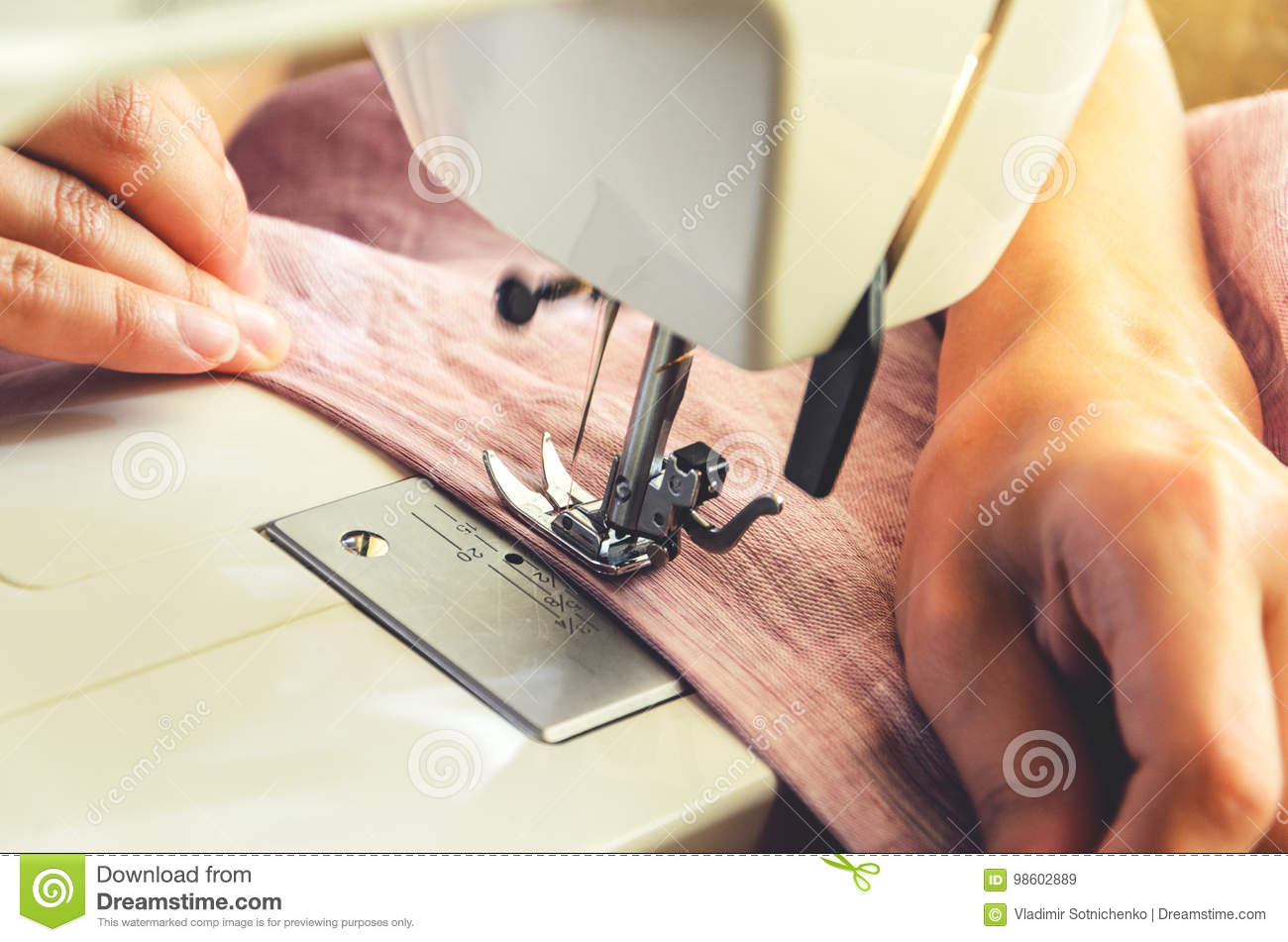 Sewing process on the sewing machine