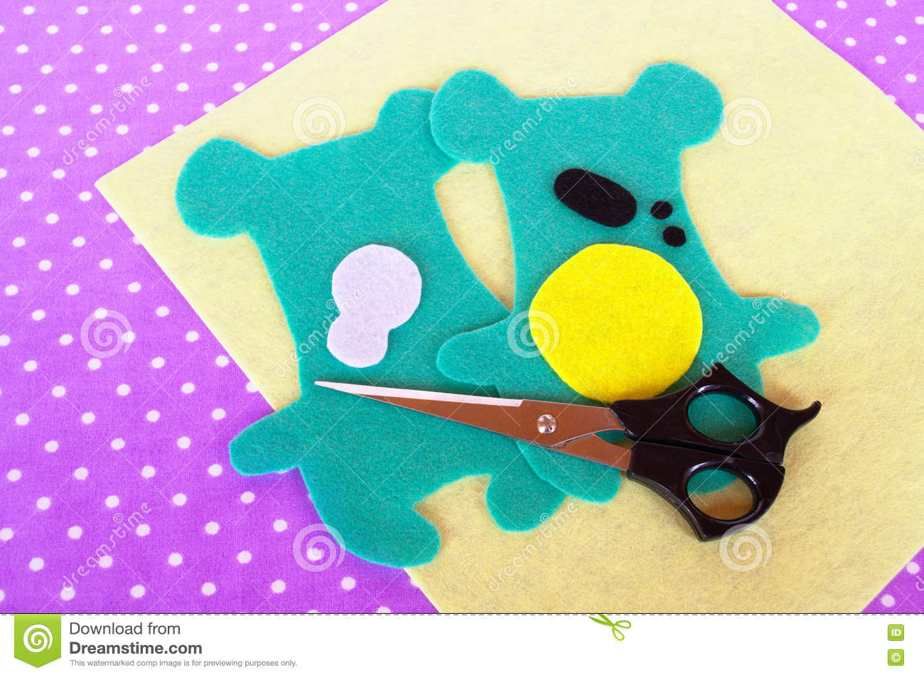 sewing project for children  teddy bear patterns cut from felt  how to make a soft toy at home