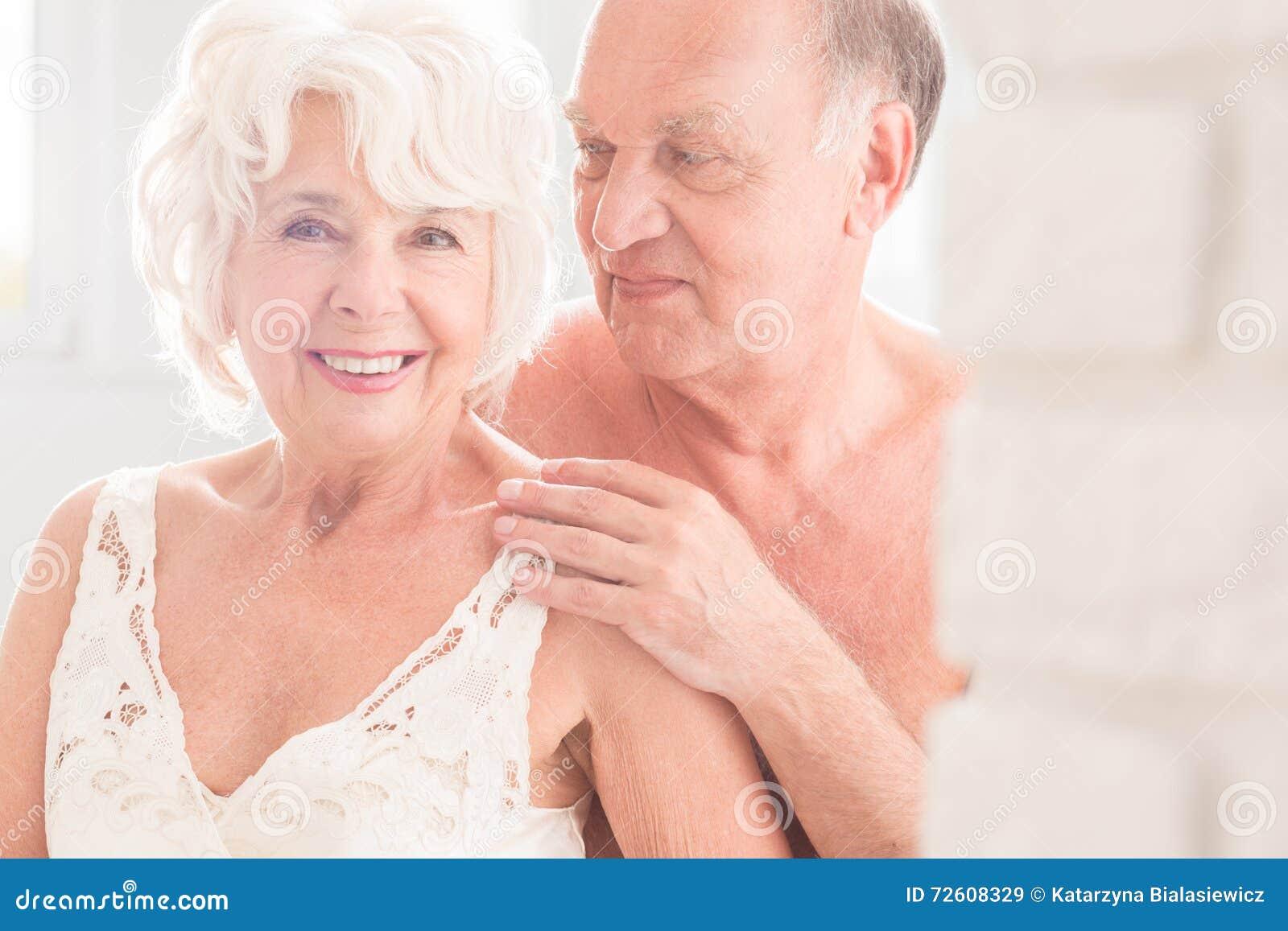 Sex mature Nude Photos 32