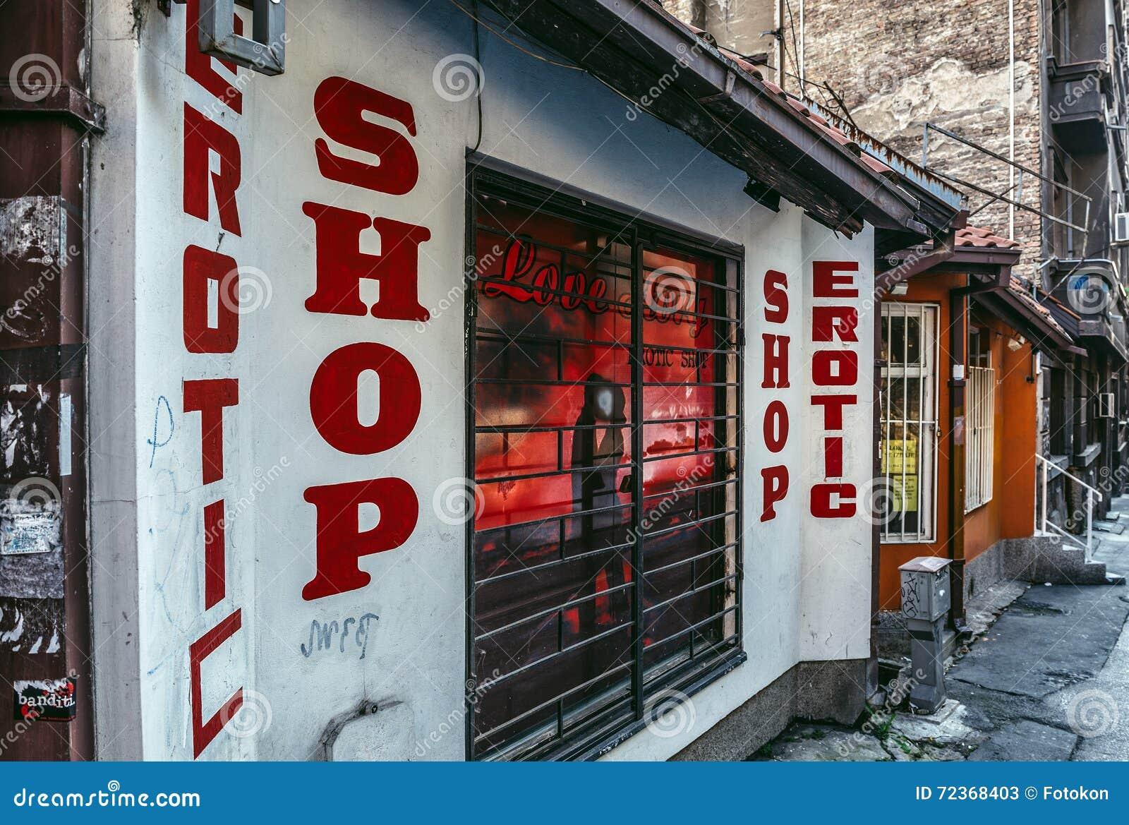 Sexkaufhaus Öffentliches Creampie Bedeutung