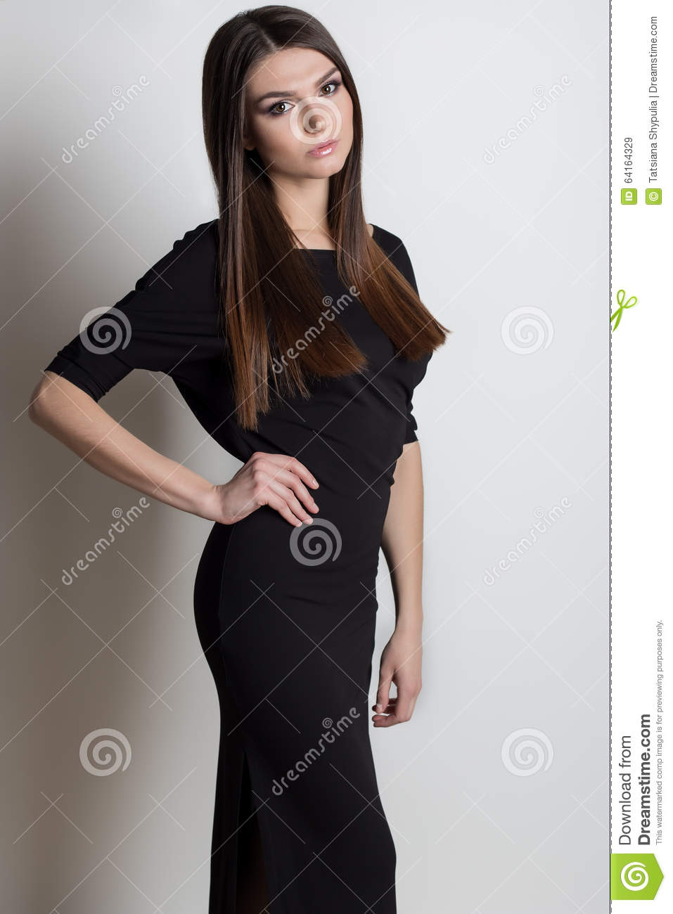 Black dress hairstyle - Beautiful Elegant Woman With Long Hair Bright Evening Make Up In A Black Evening