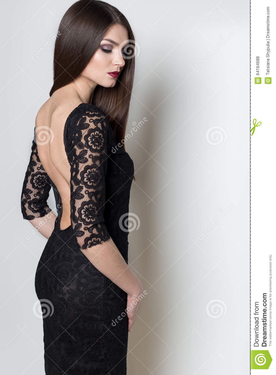 Evening Dresses with Black Hairstyle