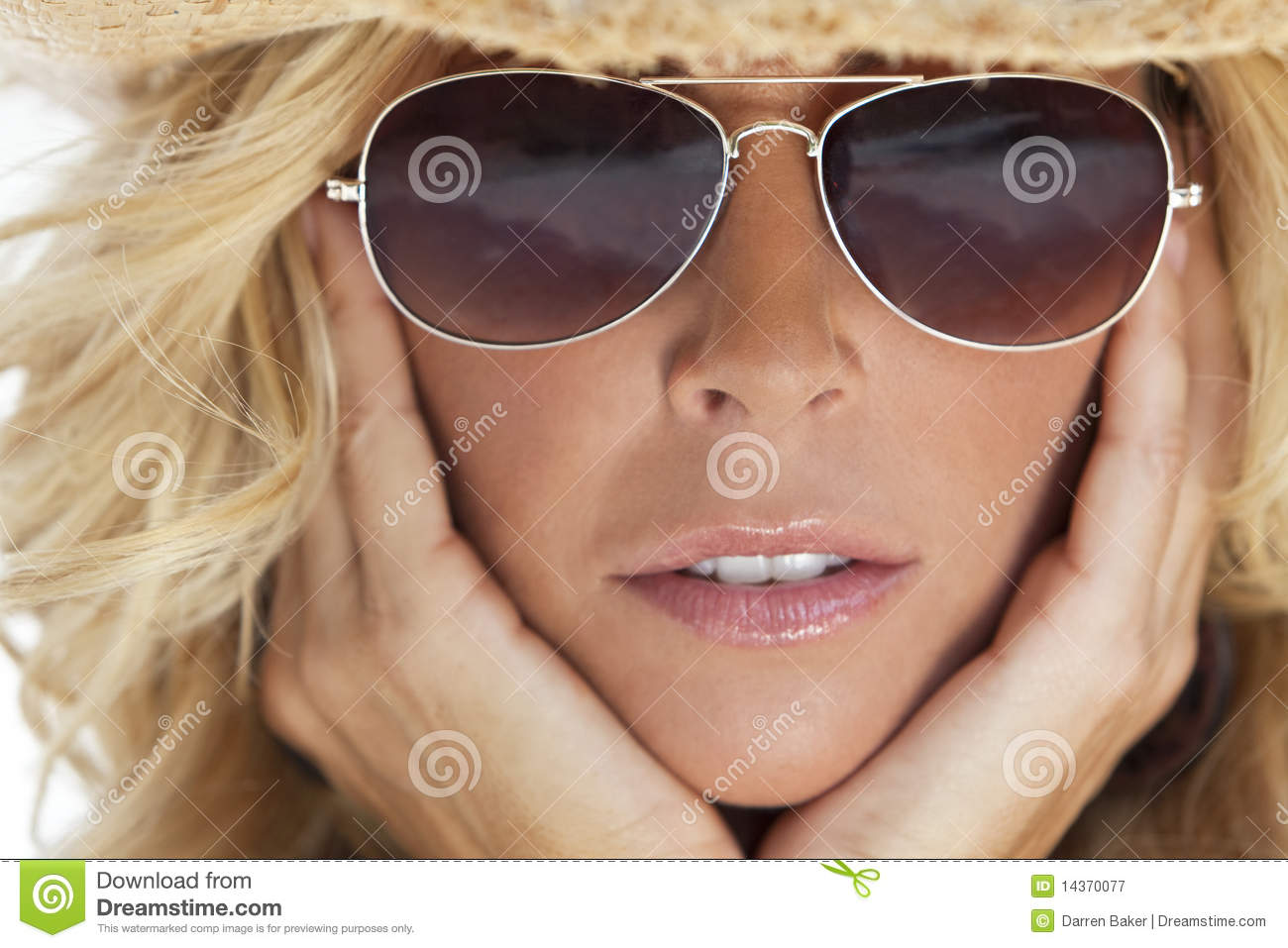 ladies aviator sunglasses za9e  Sexy Blond Girl In Aviator Sunglasses & Cowboy Hat Royalty Free Stock  Photography