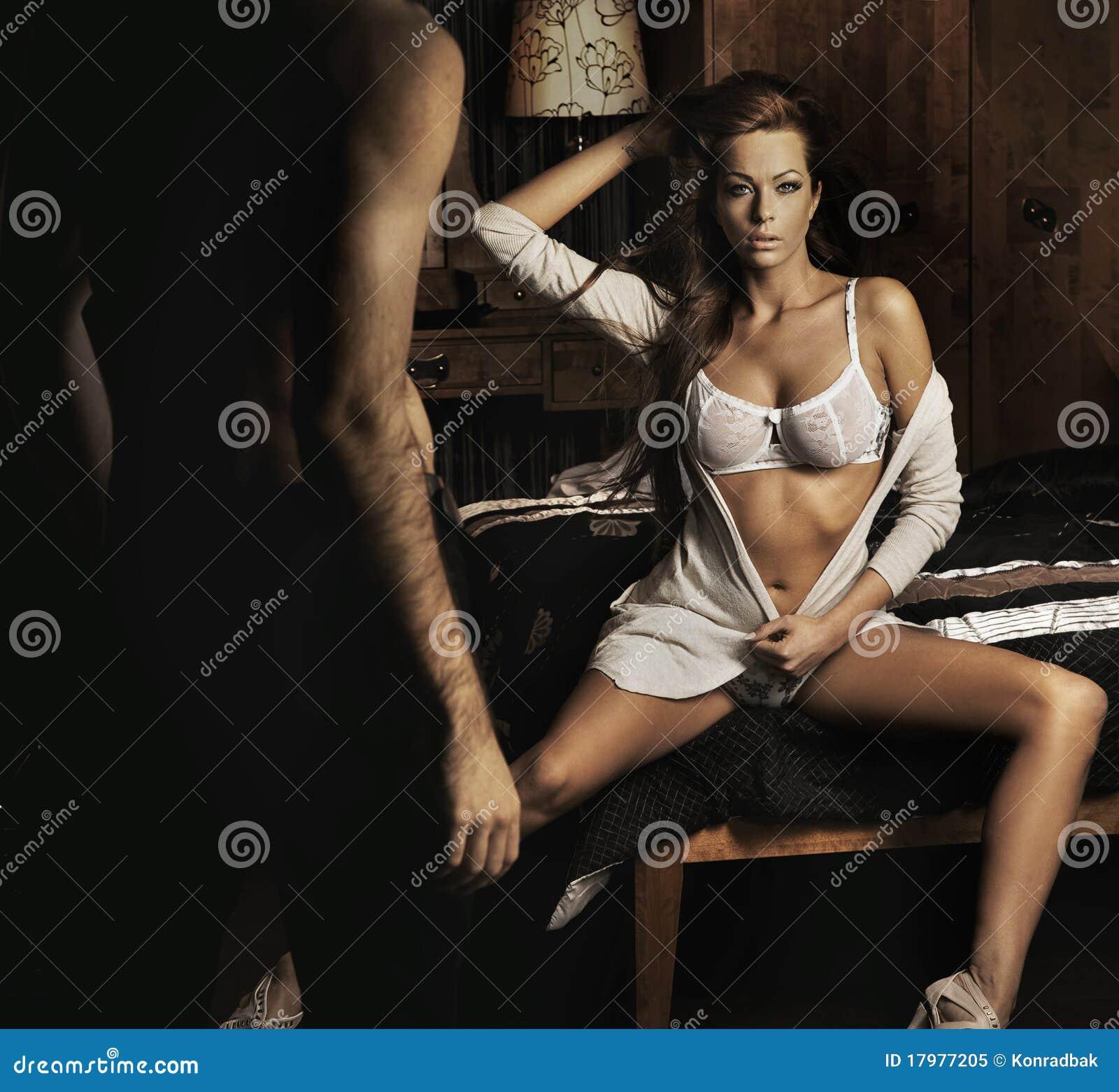 Тихий секс в спальне 25 фотография