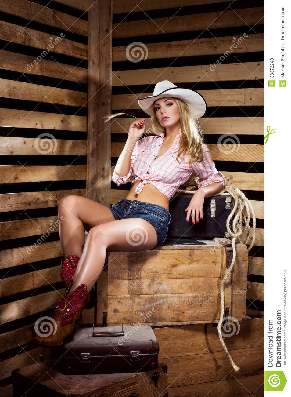 hot women naked cowgirl
