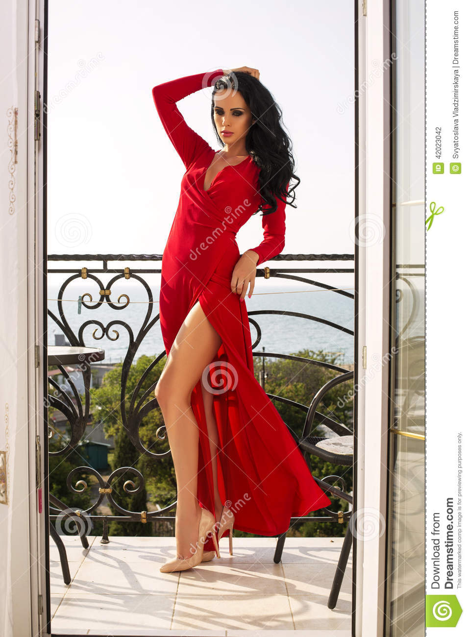 Rotes kleid, sexy kleid movie from JizzBunkercom video