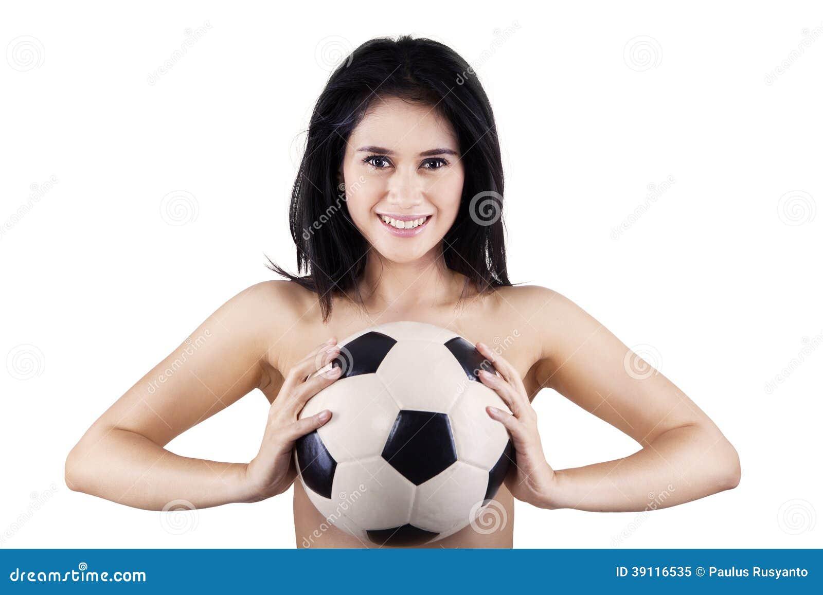 Sexy geïsoleerde het voetbalbal van de vrouwenholding