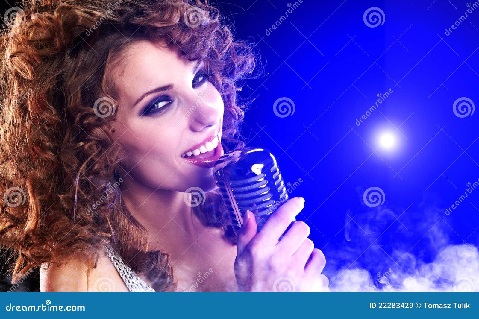 singing the girl retro - photo #5
