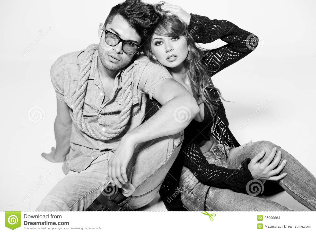 sexy pictures of men and women together