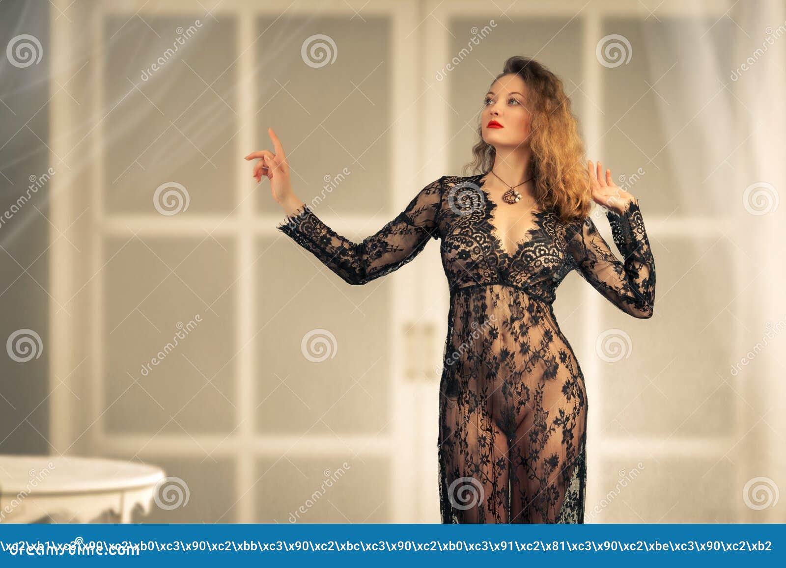 pics women naked ironig