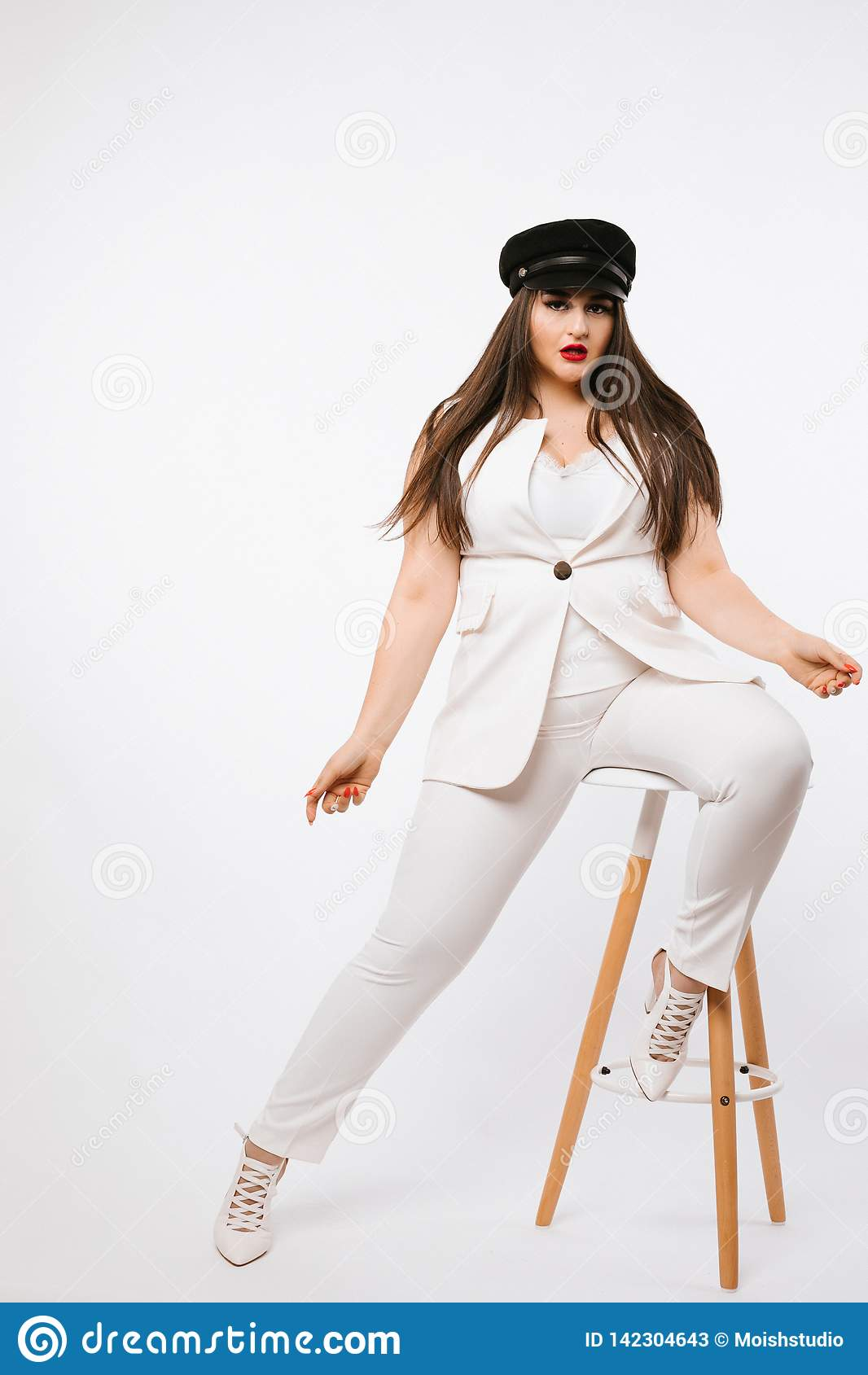 Sexy vorbildliches Mädchen der Plusgröße