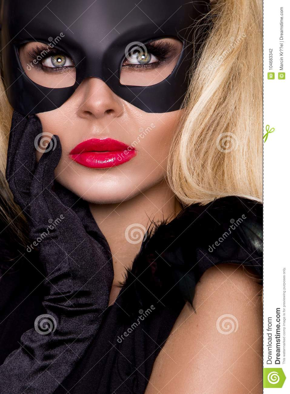 Beauty women: masks for breasts
