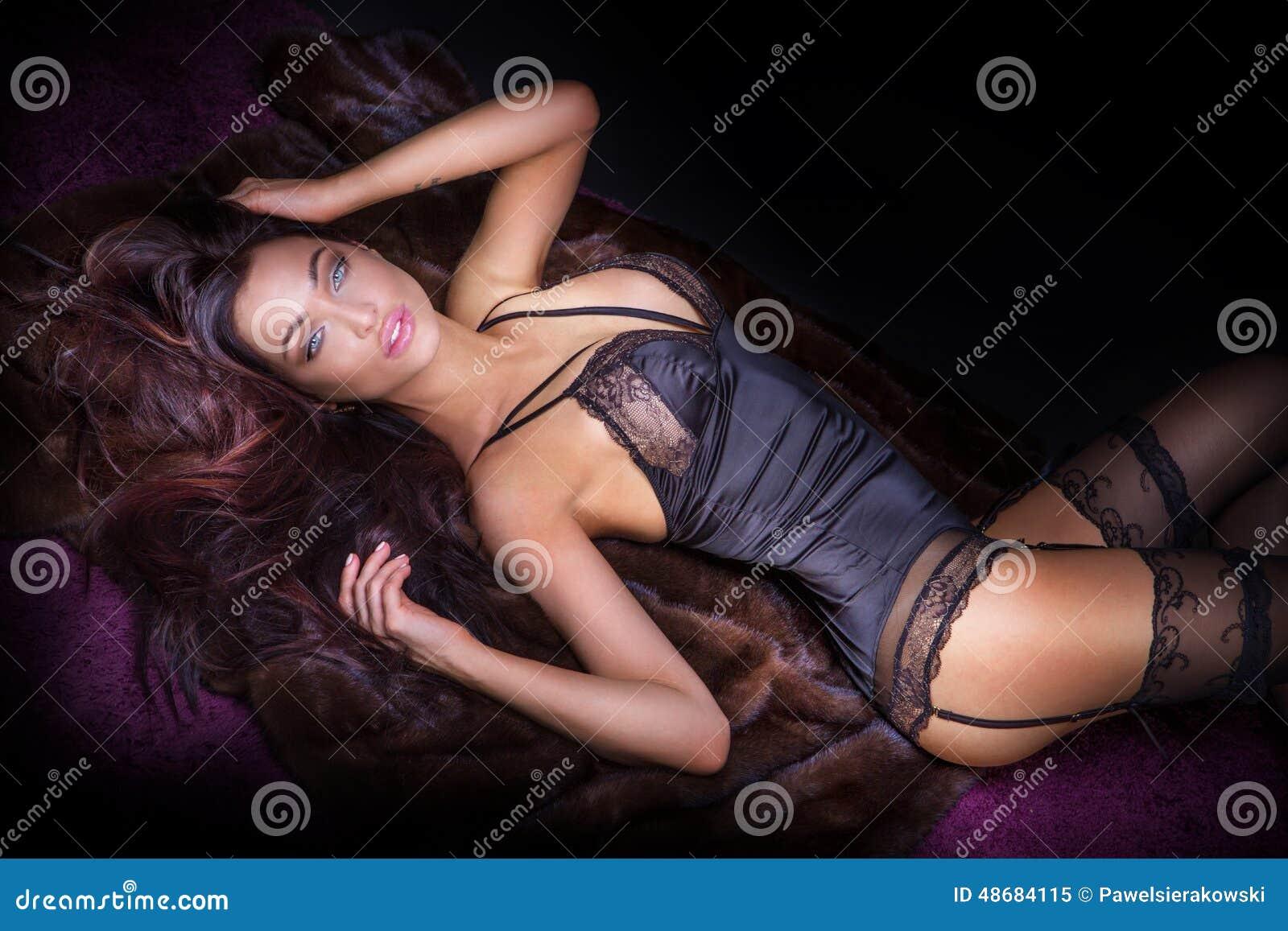 Эротический массаж для женщины екатеринбург 5 фотография