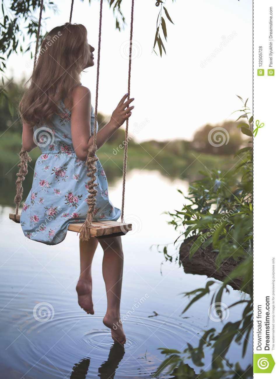 Absolutely free swinging pictures Exaggerate