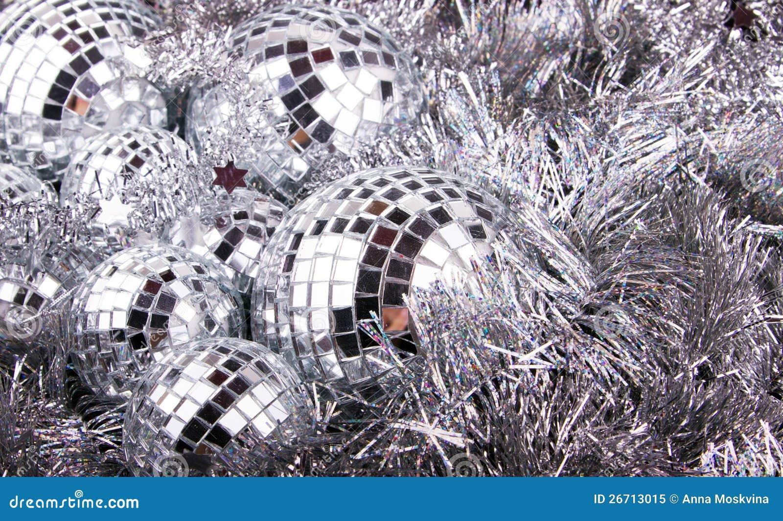 Sfere Di Natale Dello Specchio Su Argento Immagine Stock