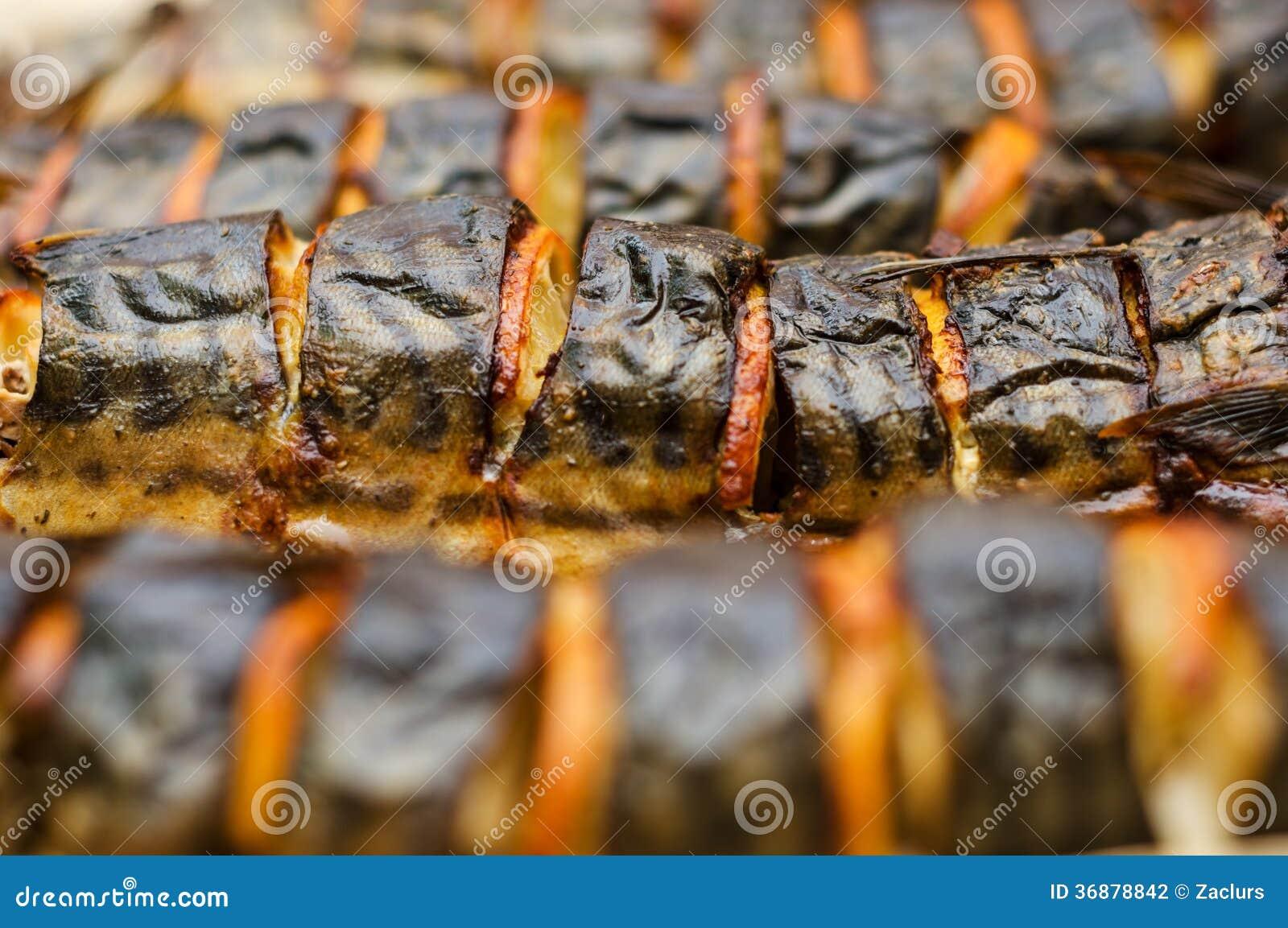 Download Sgombro Arrostito Con Il Limone Fotografia Stock - Immagine di carne, lifestyle: 36878842