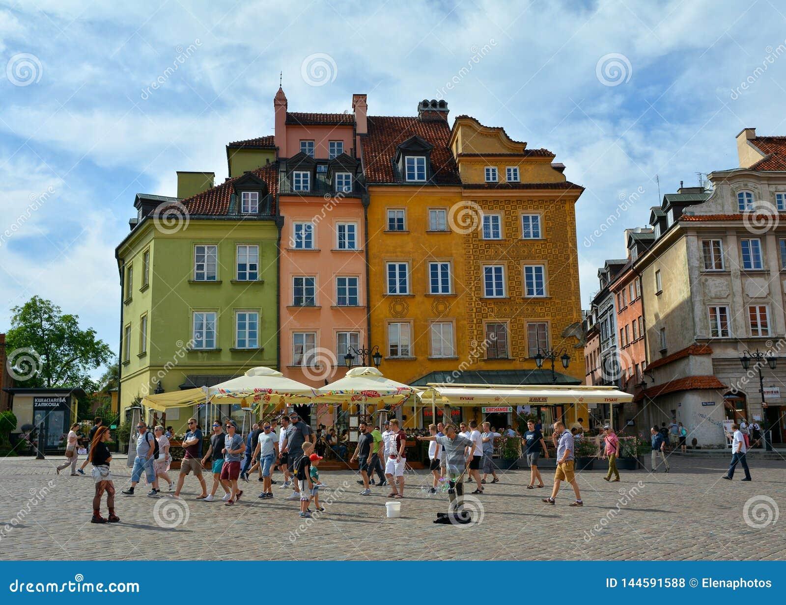 Sguardo fisso Miasto Varsavia, quadrato di Citt? Vecchia del castello