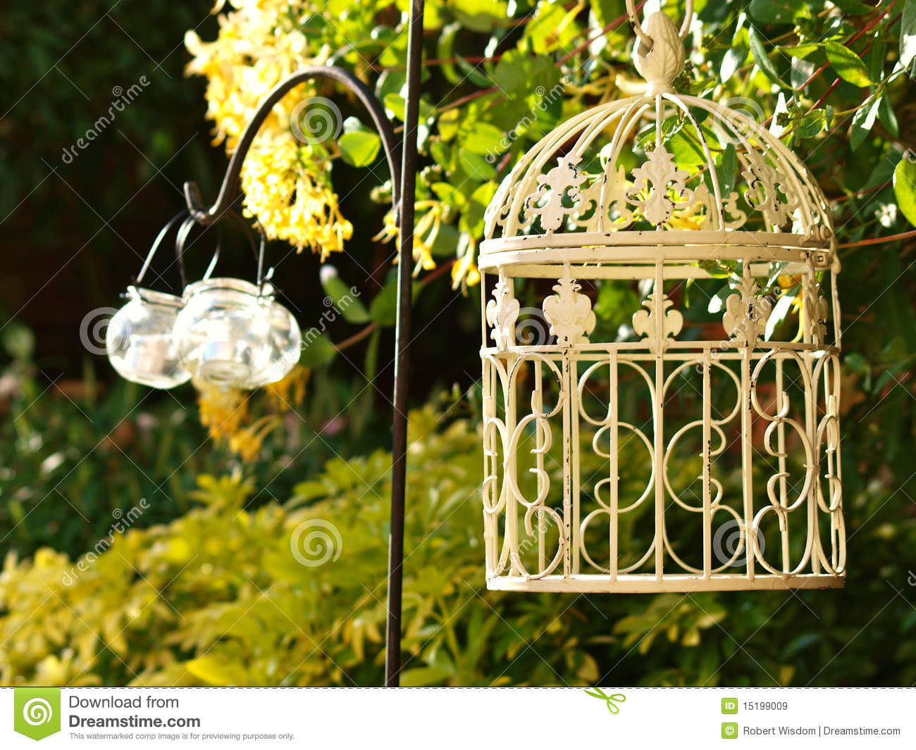 Shabby Chic Garden Royalty Free Stock Images - Image: 15199009