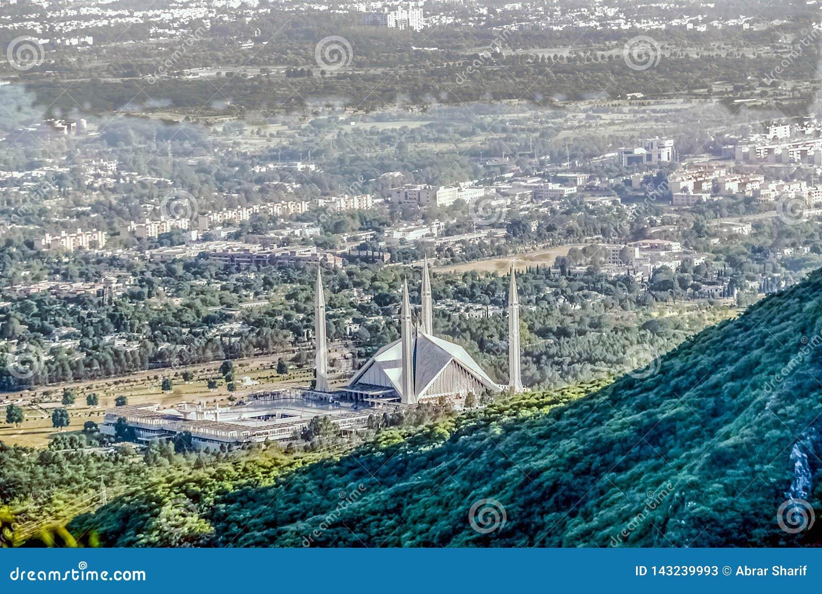 Shah Faisal meczet jest masjid w Islamabad, Pakistan Lokalizować na pogórzach Margalla wzgórza Wielki meczetowy projekt