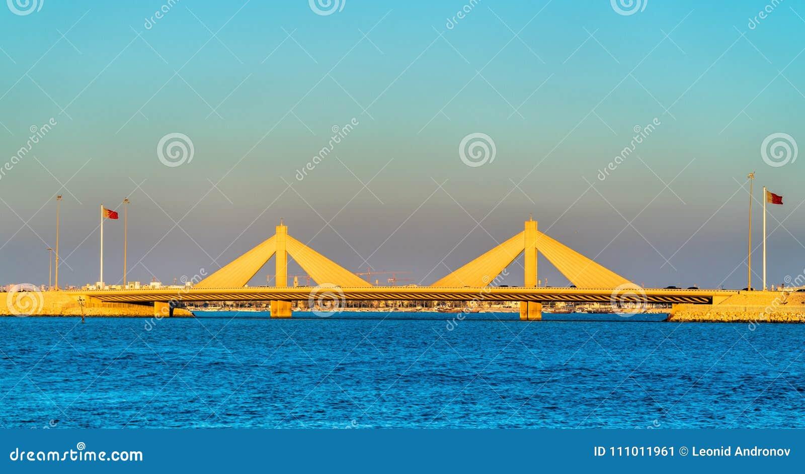 Shaikh Isa-bak Salman Causeway Bridge die Manama en Muharraq in Bahrein verbinden